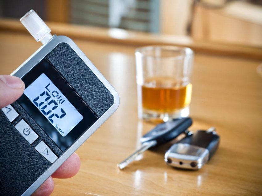 Какой алкотестер купить для личного пользования недорогой