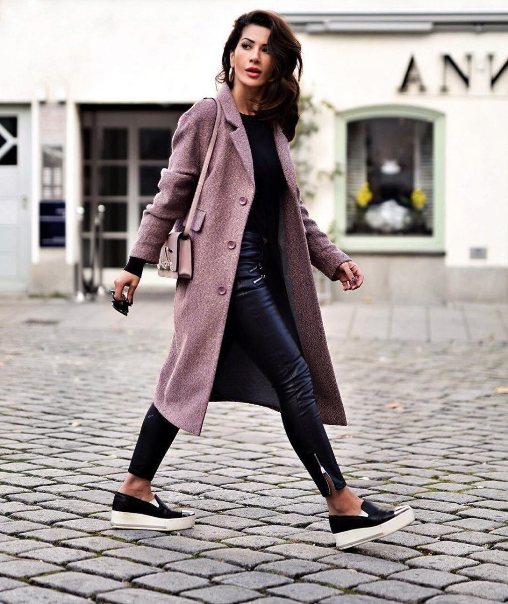 8a50a9d6b0f Удобство и красота также является тенденцией и для подростковой моды.  Стилисты рекомендуют обратить внимание на модные кроссовки для подростков.