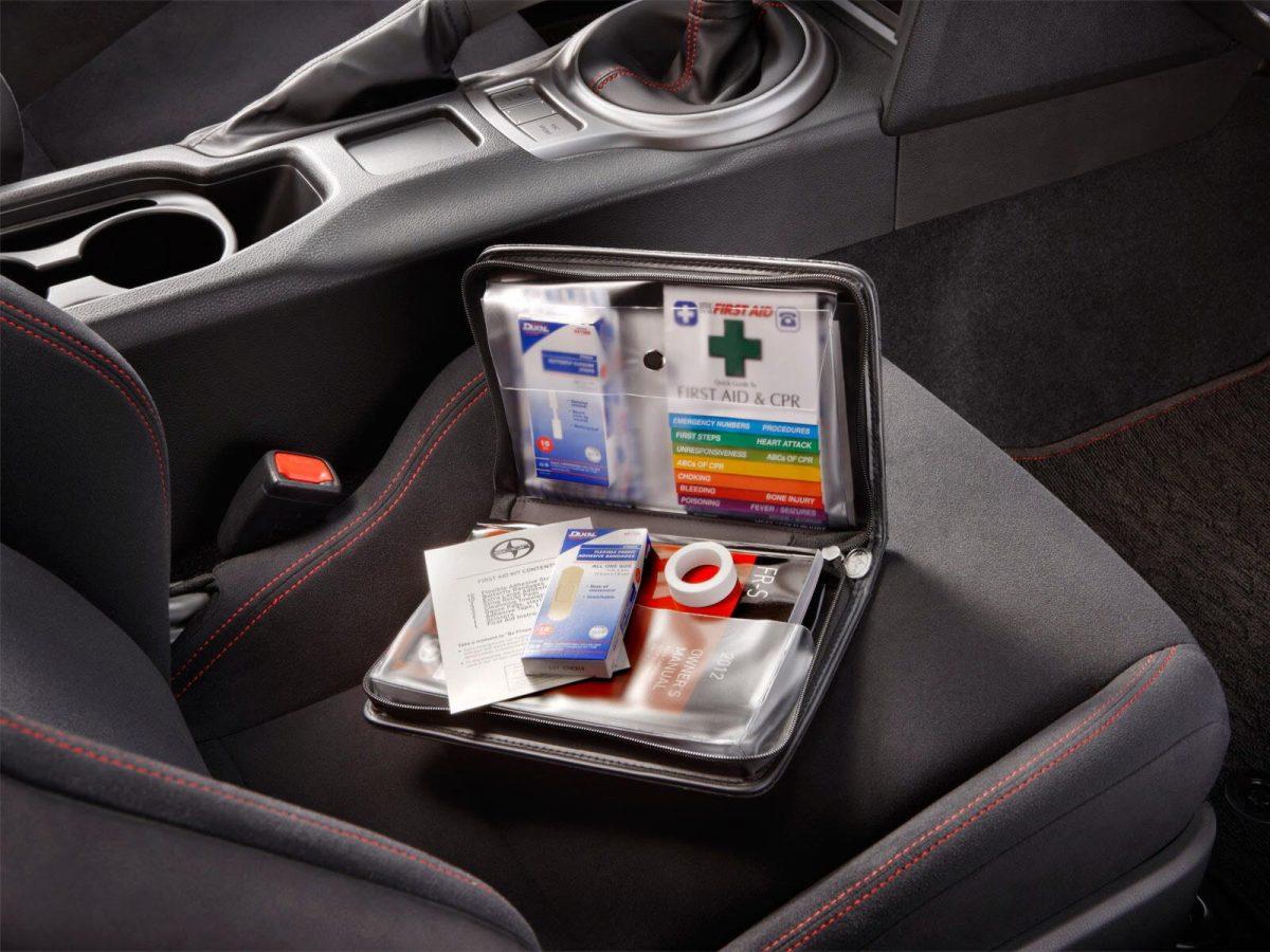 Что должно быть в автомобильной аптечке нового образца -перечень лекарств и срок годности