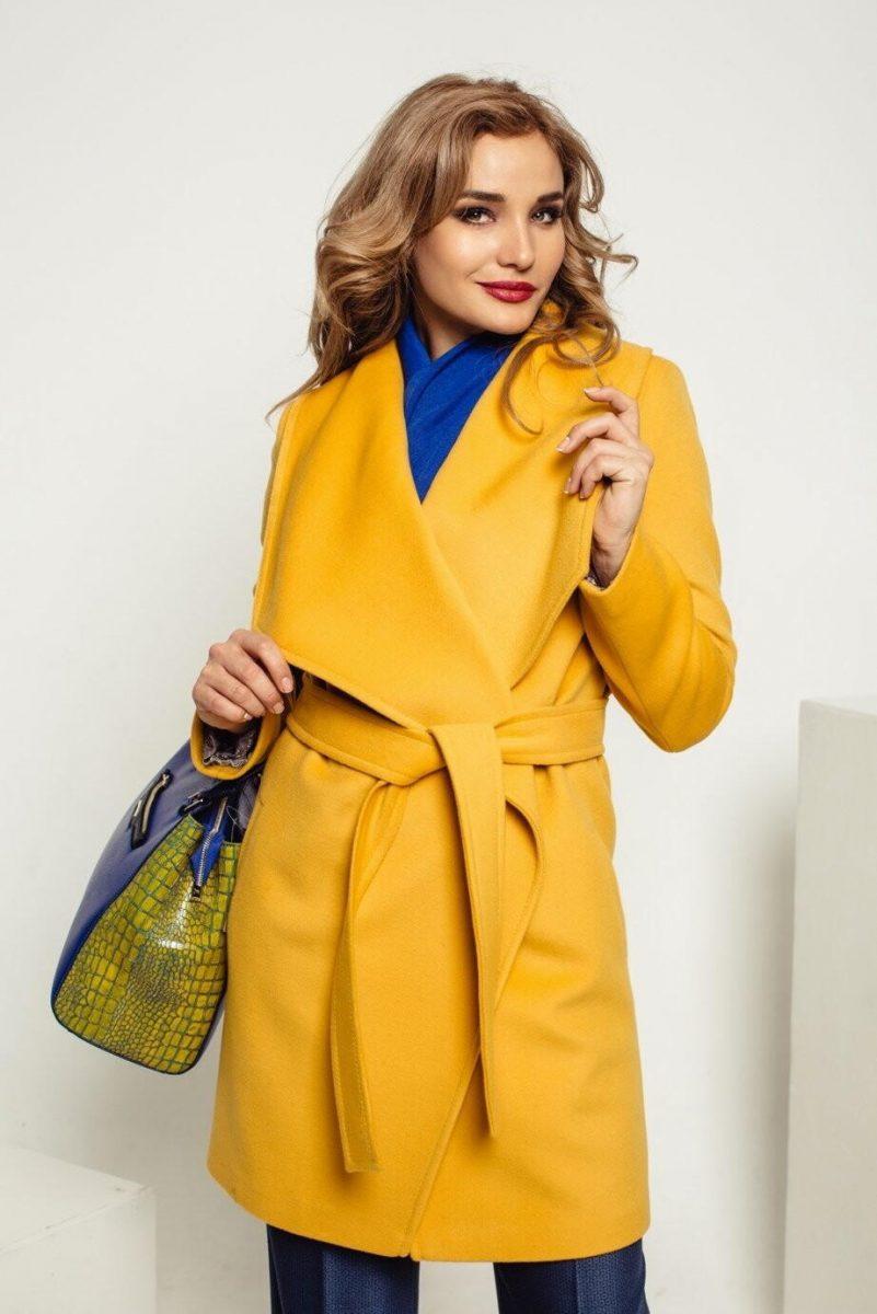 d5e74a0c50d Удобство и красота также является тенденцией и для подростковой моды.  Стилисты рекомендуют обратить внимание на модные кроссовки для подростков.