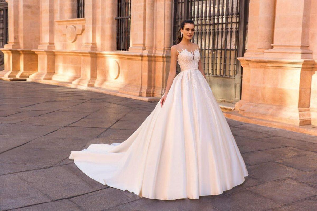 bd246cc44a0 Свадебные платья 2018 – 2019  модные тенденции и 115 фото